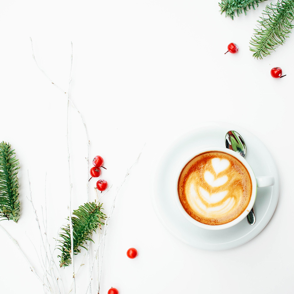 create-your-own-holiday-magic-177828-unsplash